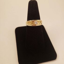 yellow gold woman ring